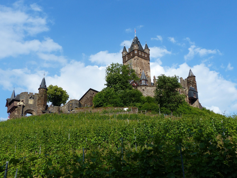 Reichsburg Cochem - Blick von Hotel Pension Villa Tummelchen in Cochem an der Mosel